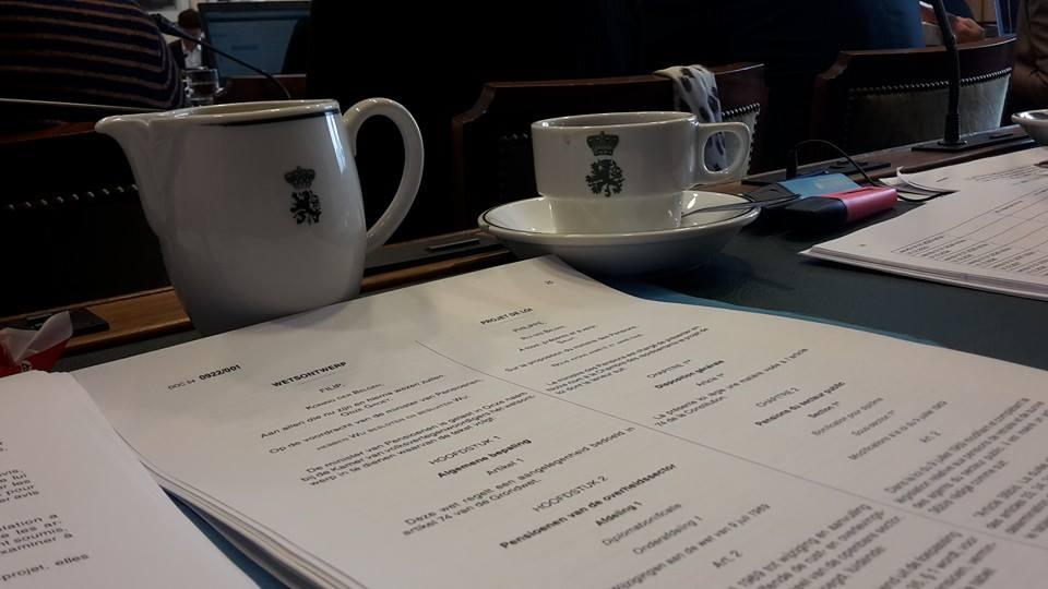 Des heures de débats... et beaucoup de café